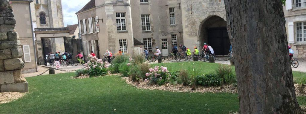 Découvrez Senlis à Vélo